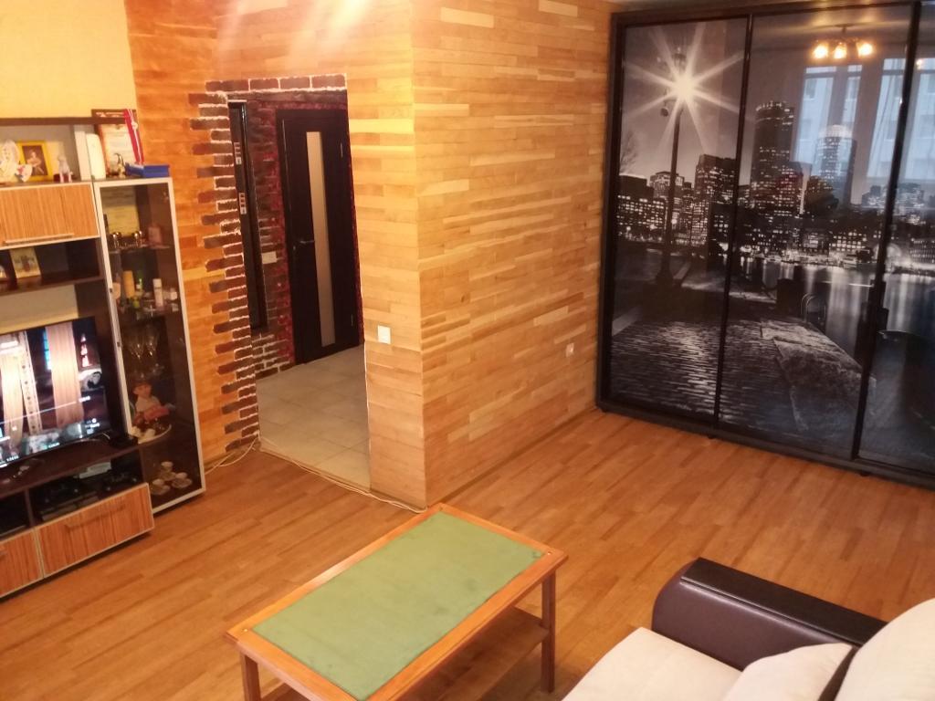Квартира на продажу по адресу Россия, Алтайский край, Новоалтайск, ул. 7 микрорайон, 5