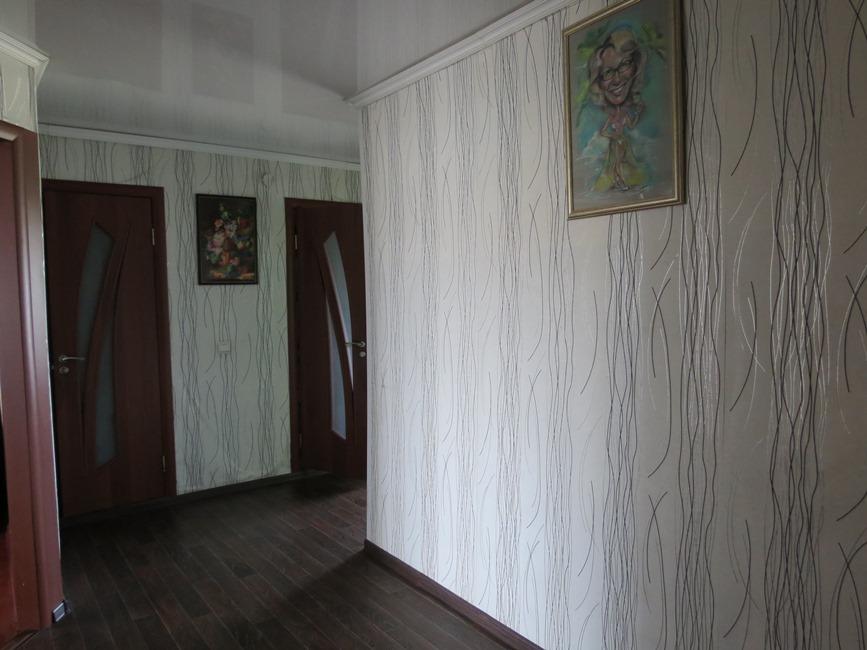 Квартира на продажу по адресу Россия, Алтайский край, р-н. Косихинский, с. Косиха, ул. Комсомольская, 10
