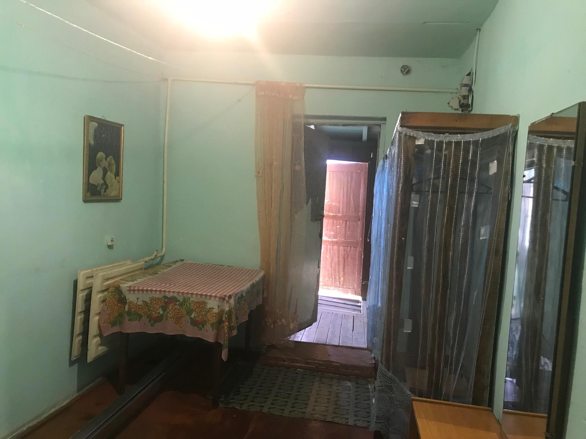 Квартира на продажу по адресу Россия, Алтайский край, р-н. Косихинский, с. Косиха, ул. Пионерская, 22