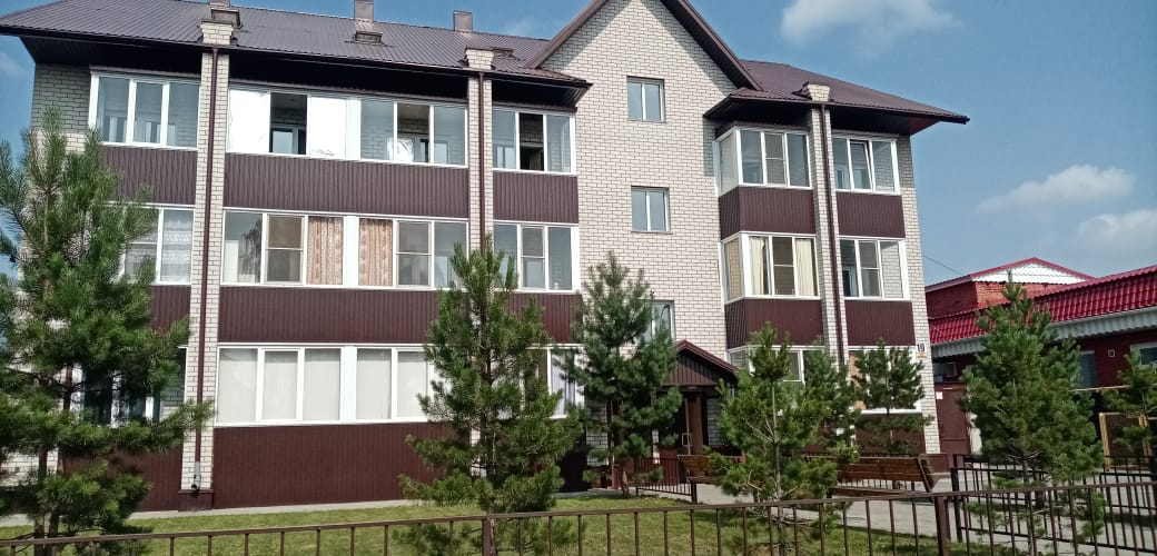 Квартира на продажу по адресу Россия, Алтайский край, Новоалтайск, ул. Сибирская, 19