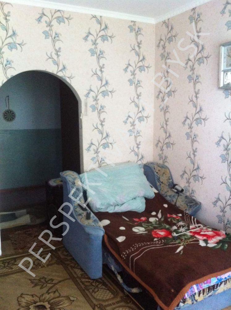 Квартира на продажу по адресу Россия, Алтайский край, р-н. Бийский, п. Чуйский, ул. Центральная, 2