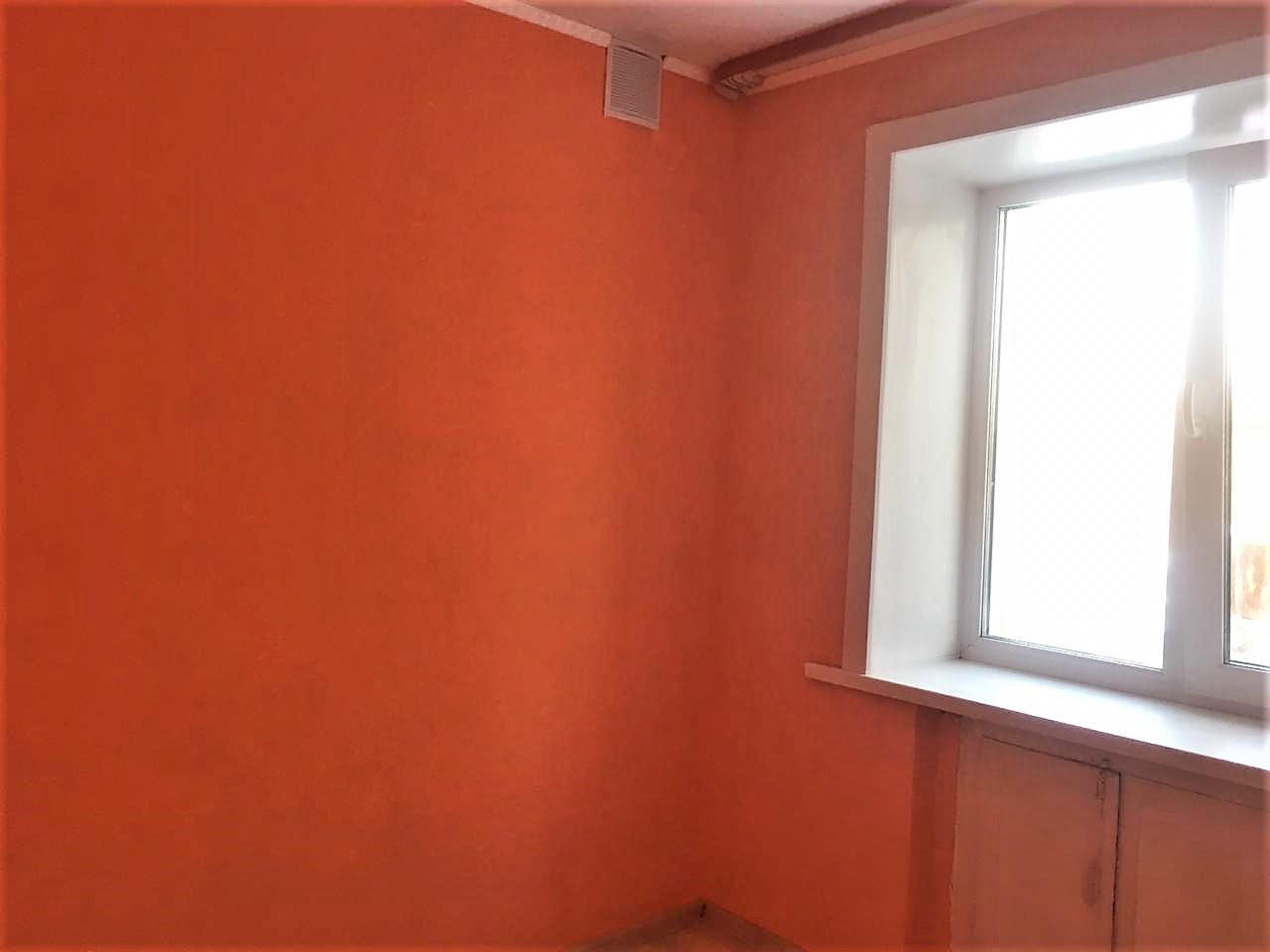 Квартира на продажу по адресу Россия, Алтайский край, р-н. Бийский, с. Верх-Катунское, ул. Мира, 2