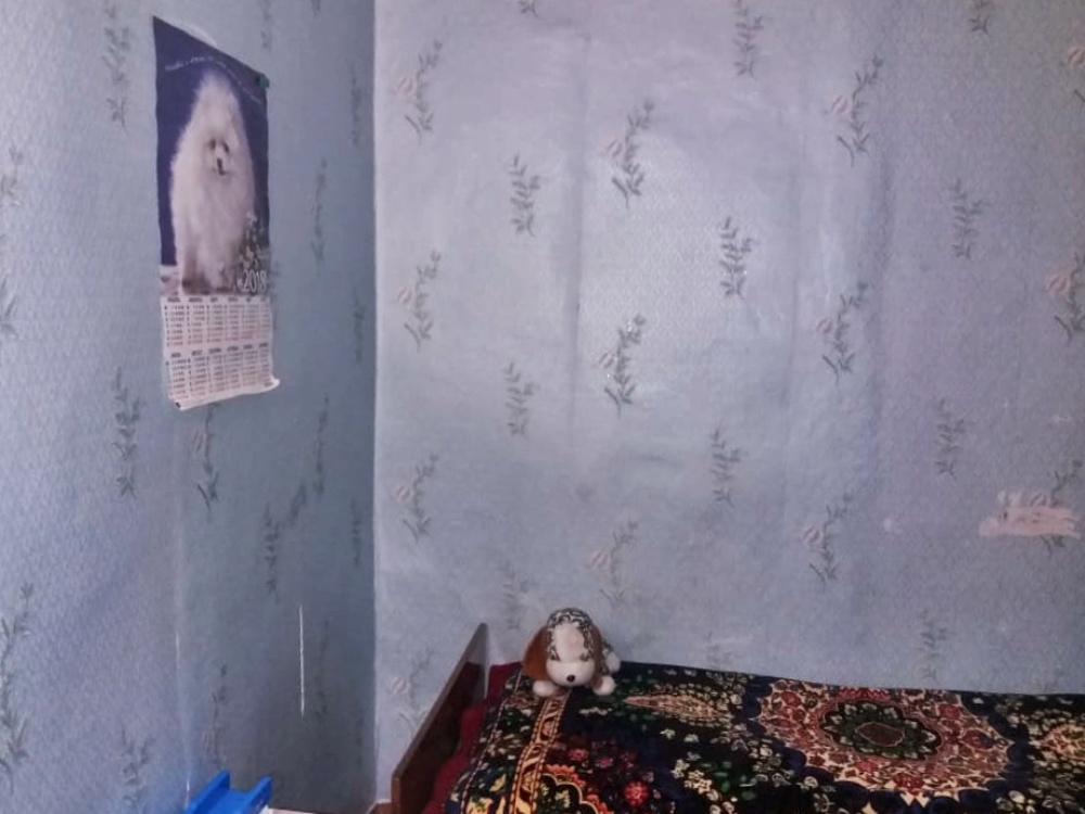 Квартира на продажу по адресу Россия, Алтайский край, р-н. Павловский, п. Комсомольский, ул. Кемеровская, 2